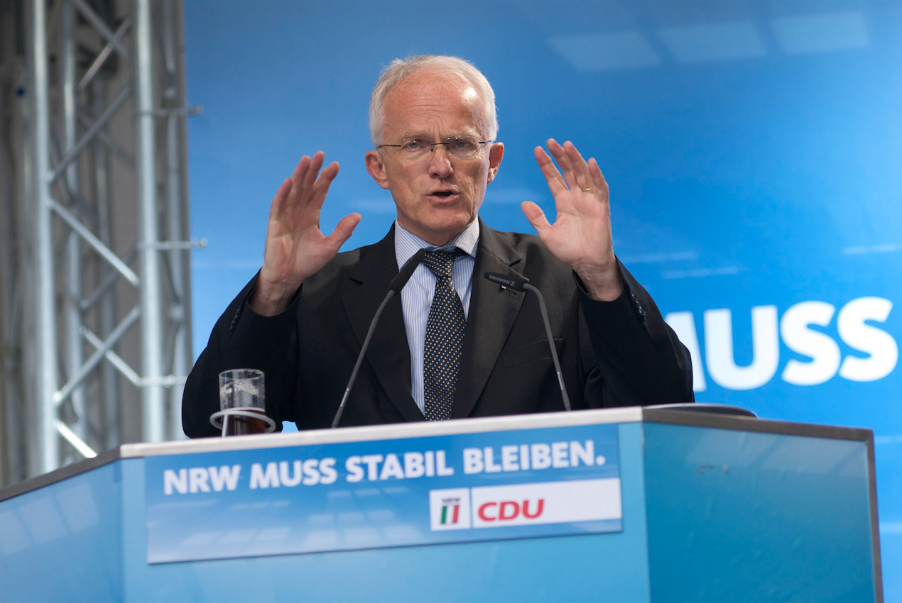 Jürgen Rüttgers, amtierender Ministerpräsident von Nordrhein-Westfalen während seiner Wahlrede