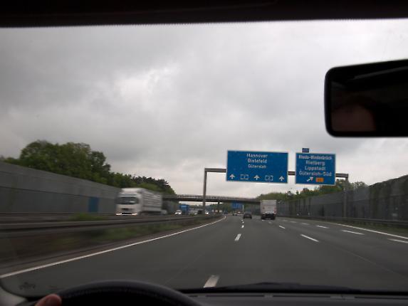 Autobahn 8